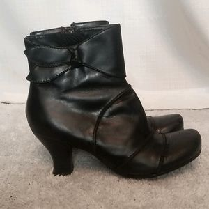 Leather Ankle Boots Hush Puppies